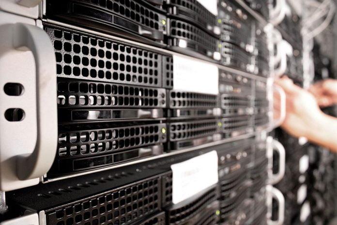 server molnlagring