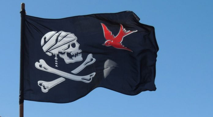 pirate_flag_skull_black_crossbones_jolly_roger_death-717834-1